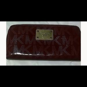 Like new large Michael Kors wallet